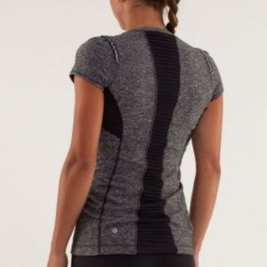 Lululemon Star Runner Grey Black Short Sleeve Tee
